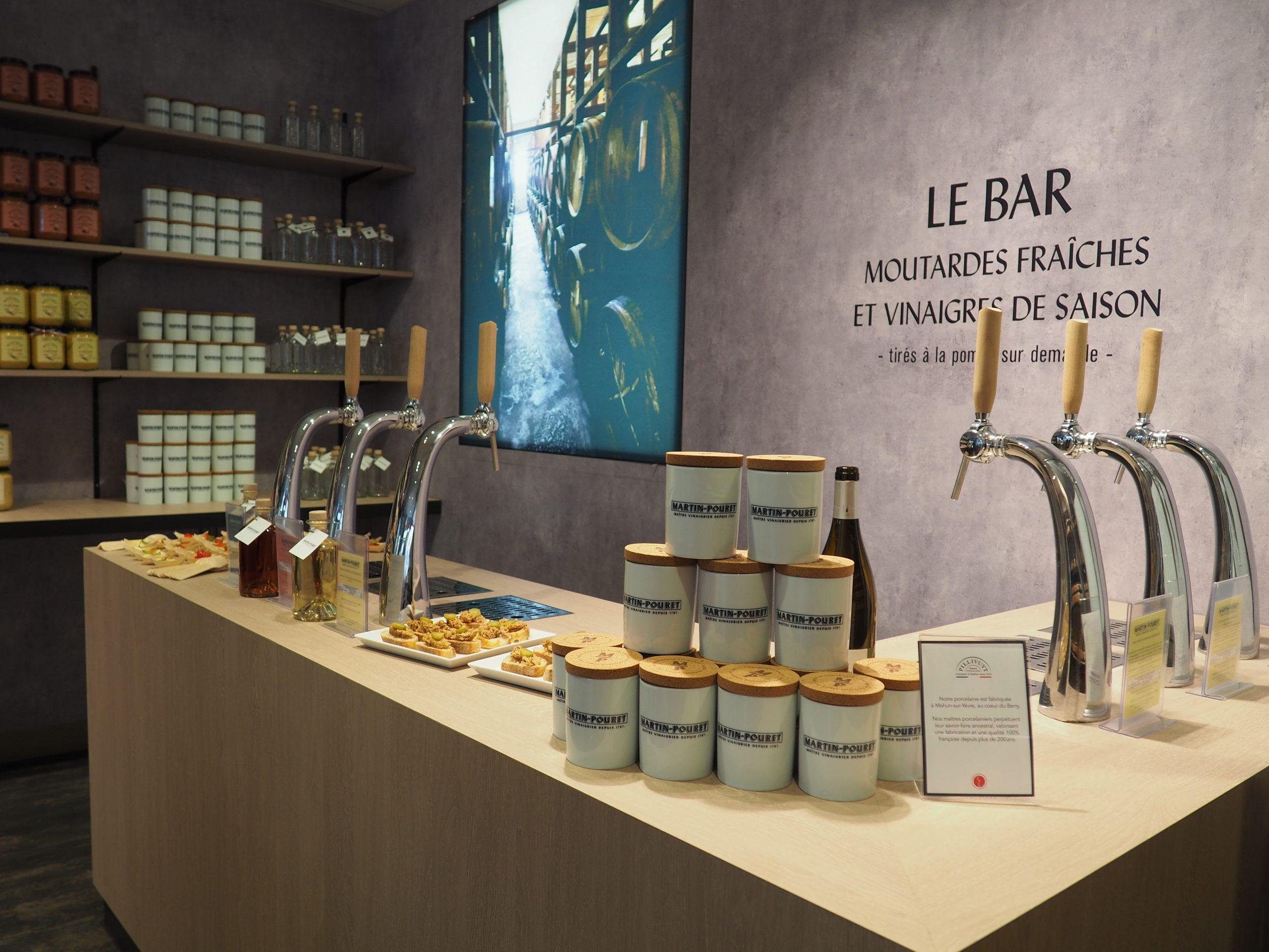 Rue Jeanne d'Arc, la boutique Martin Pouret inaugure son nouveau bar à moutardes et vinaigres 2