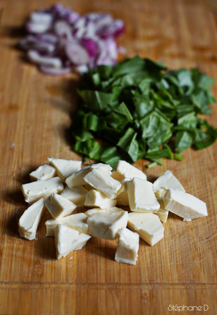 Moelleux courgettes tomates basilic crevettes et coeur fondant au fromage 3