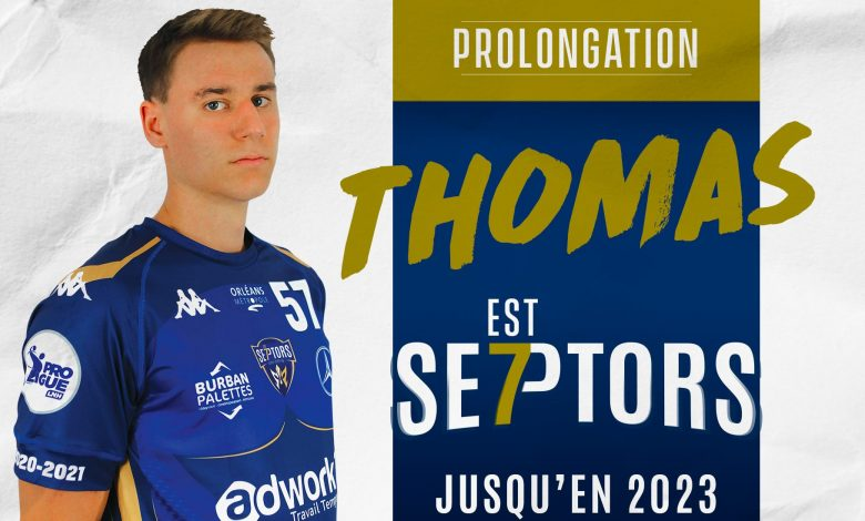 Thomas Toupance signe son premier contrat professionnel chez les Septors 1
