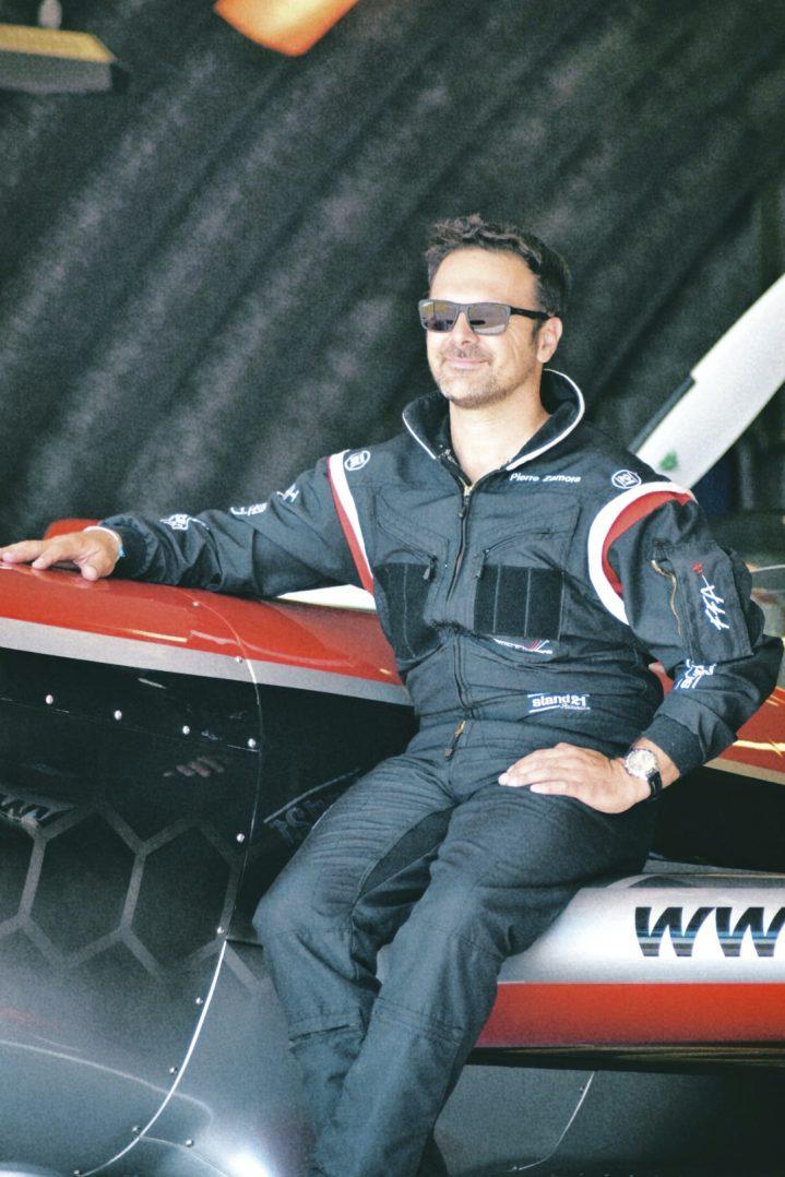 Interview de Pierre Zamora, pilote de voltige. 2