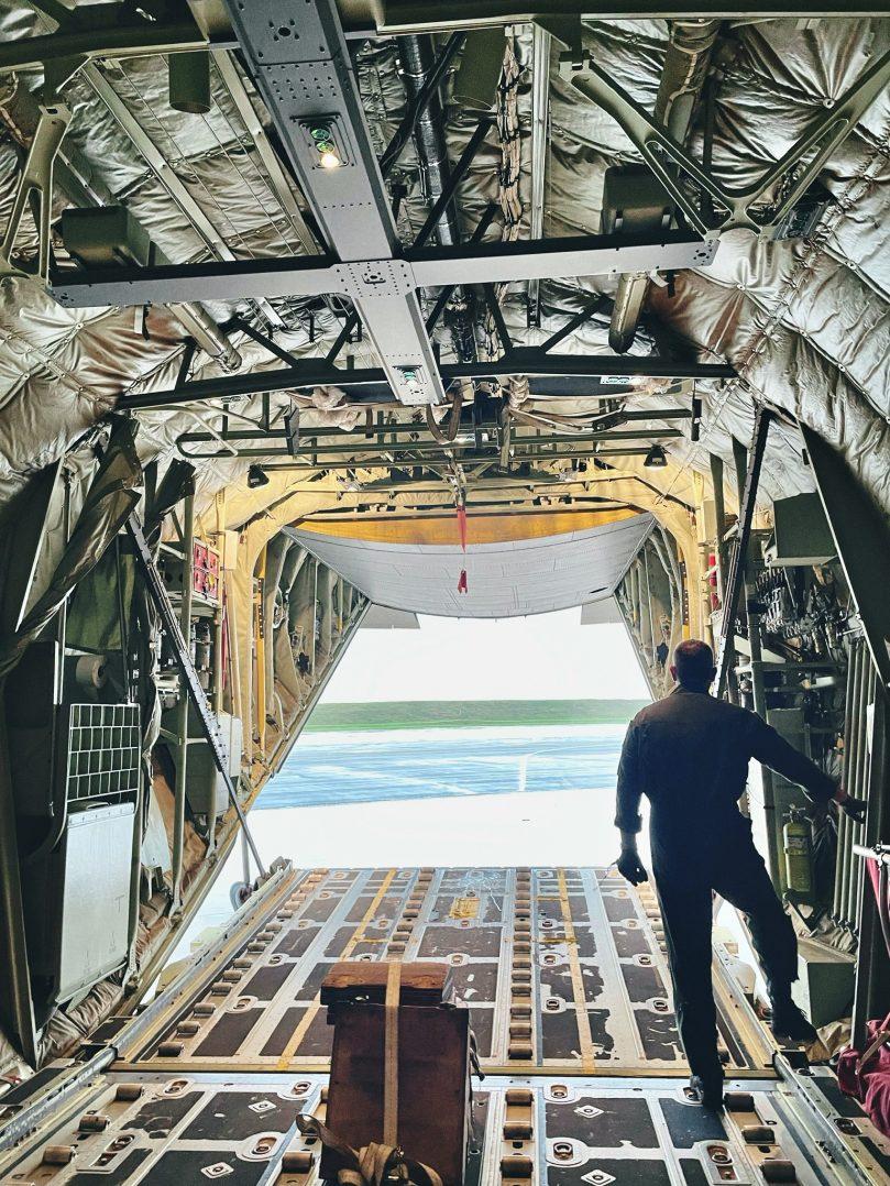 A bord du C-130J pour le défilé du 14 juillet. 4