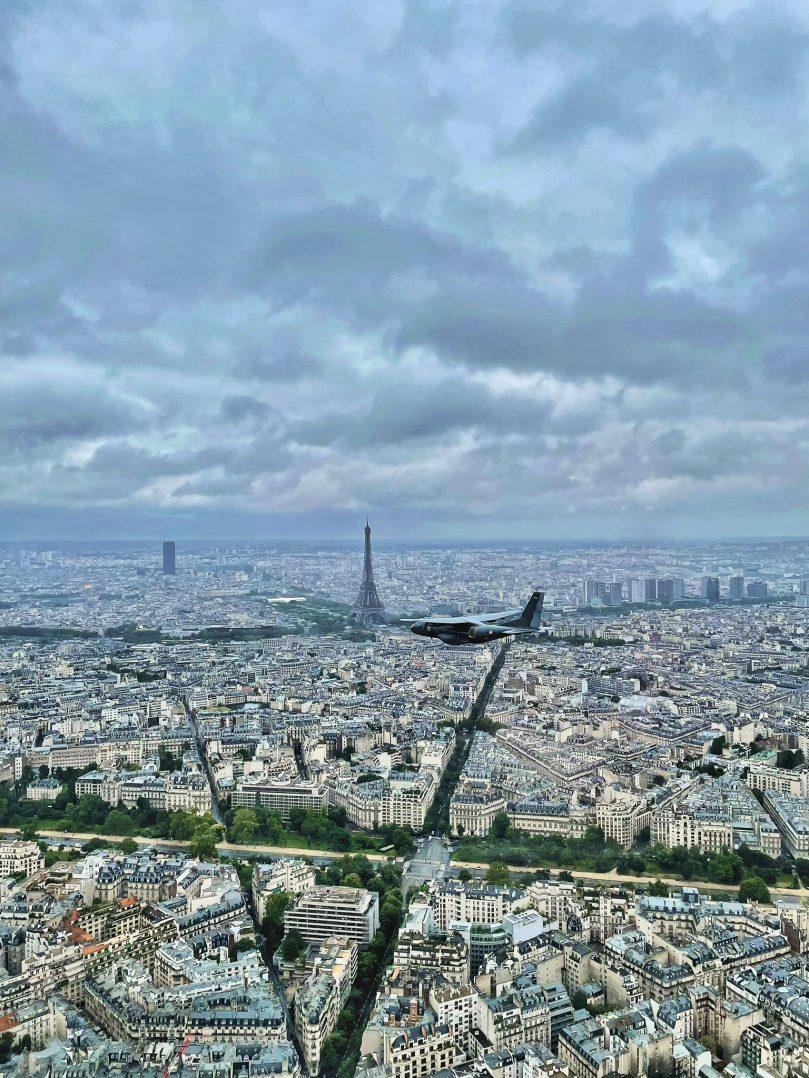 A bord du C-130J pour le défilé du 14 juillet. 5