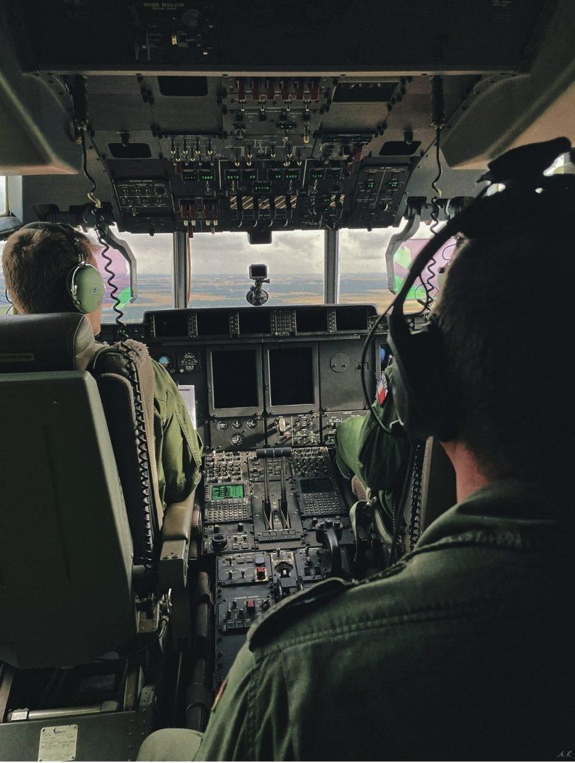 A bord du C-130J pour le défilé du 14 juillet. 10