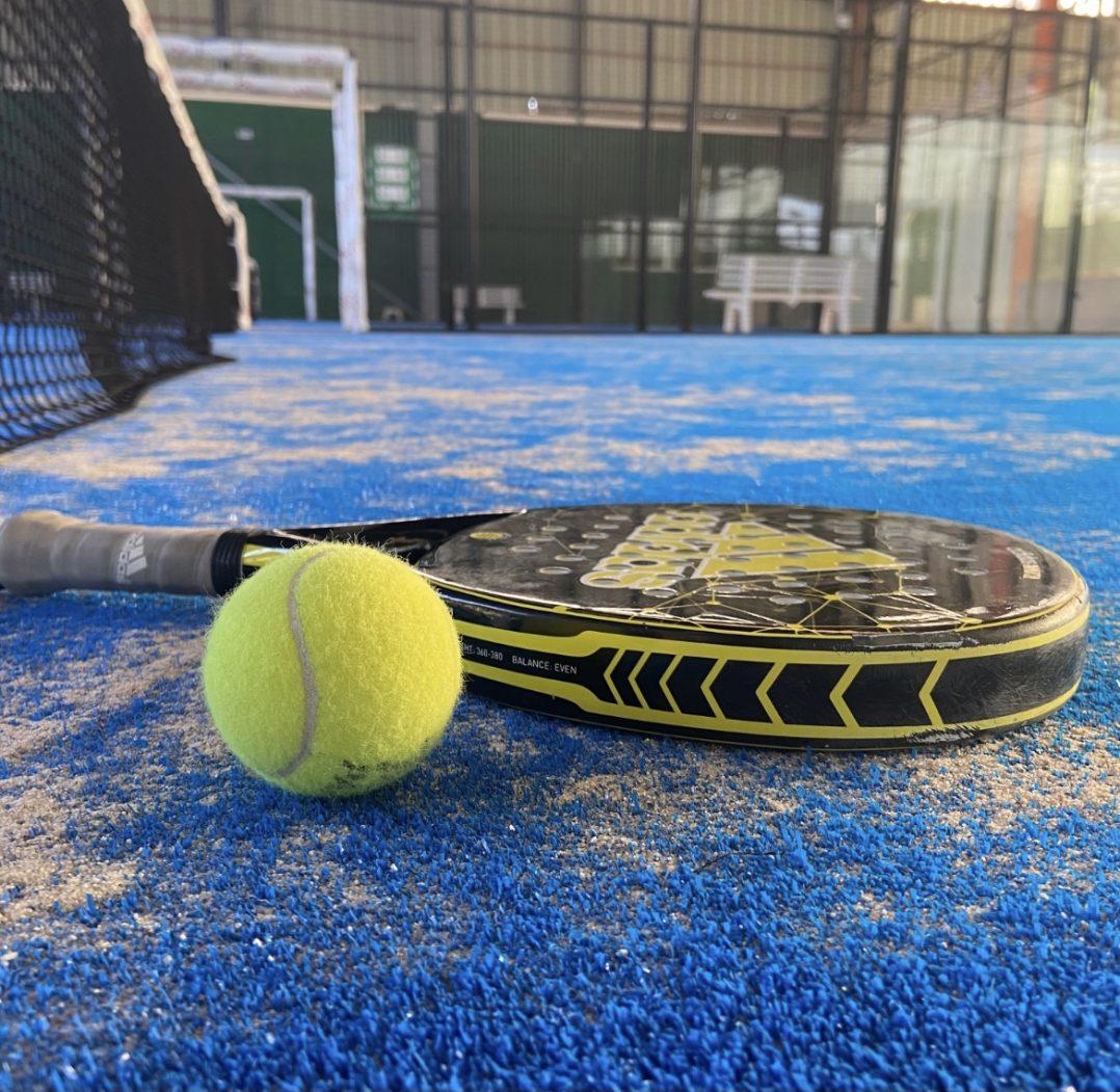 LET PADEL : Le sport de raquette qui a le vent en poupe à Orléans ! 2