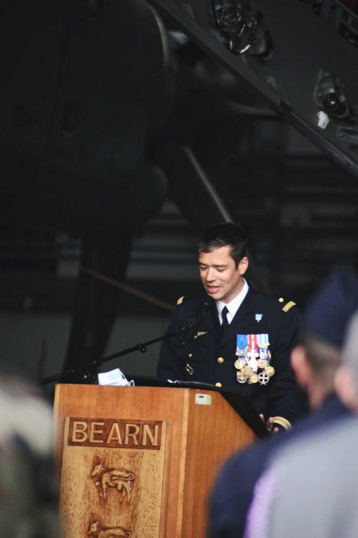 La base aérienne 123 d'Orléans-Bricy accueille l'escadron de transport 4/61 «Béarn». 22